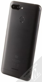 XIAOMI REDMI 6 3GB/32GB Global Version CZ LTE černá (black) šikmo zezadu