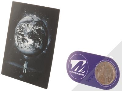 Samolepka Kosmonaut vzhlíží k Zemi 2 měřítko