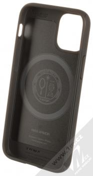 Spigen Mag Armor odolný ochranný kryt s kovovým plíškem pro Apple iPhone 12 mini černá (matte black) zepředu