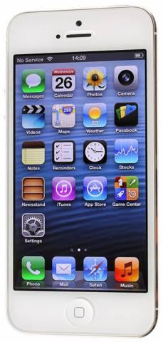 iphone 4s připojení k autu