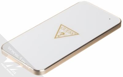 Guess Wireless Charging Base podložka bezdrátového nabíjení bílá zlatá (white gold)