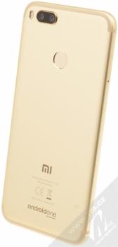 XIAOMI MI A1 4GB / 64GB Global Version CZ LTE zlatá (gold) šikmo zezadu